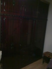 продам румынскую спальню из натурального красного дерева, полированнуюю